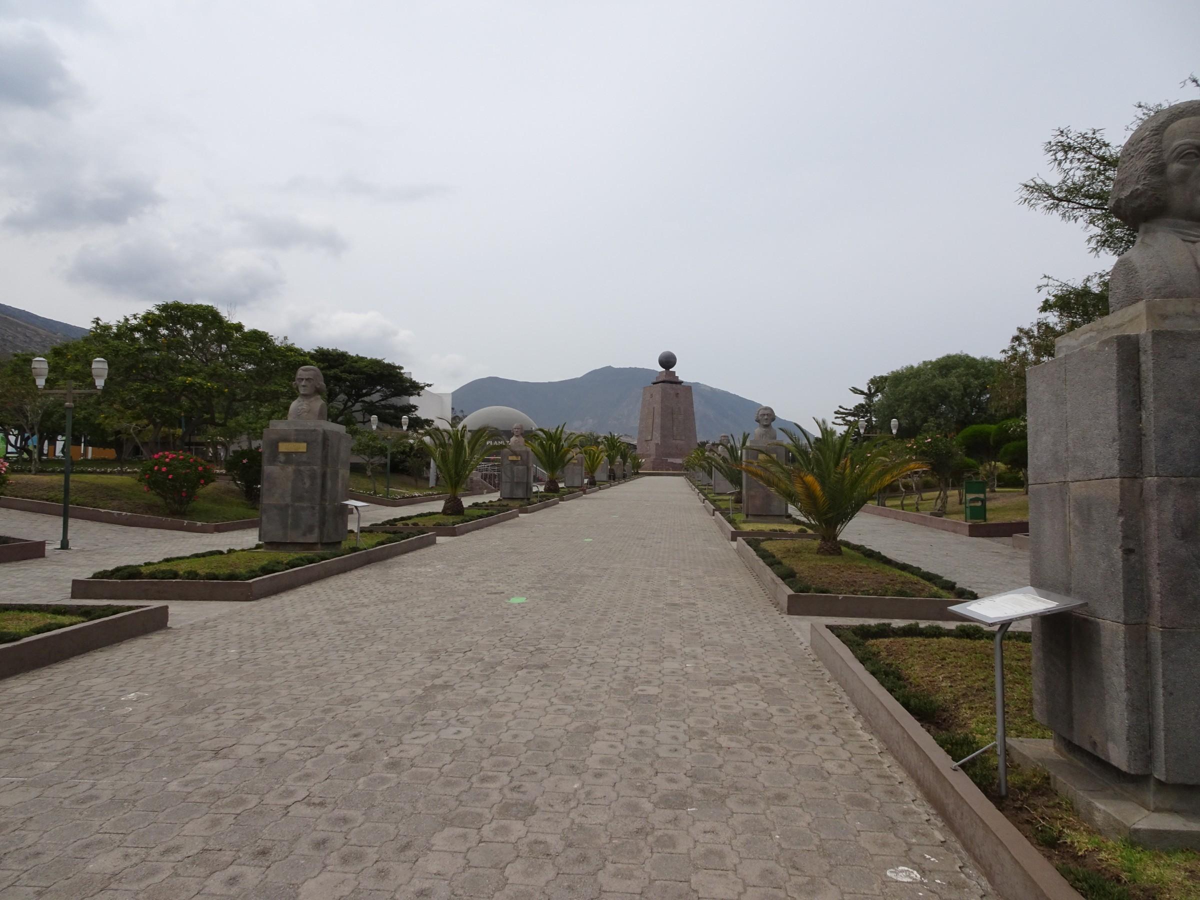 photo UIOGYE-003